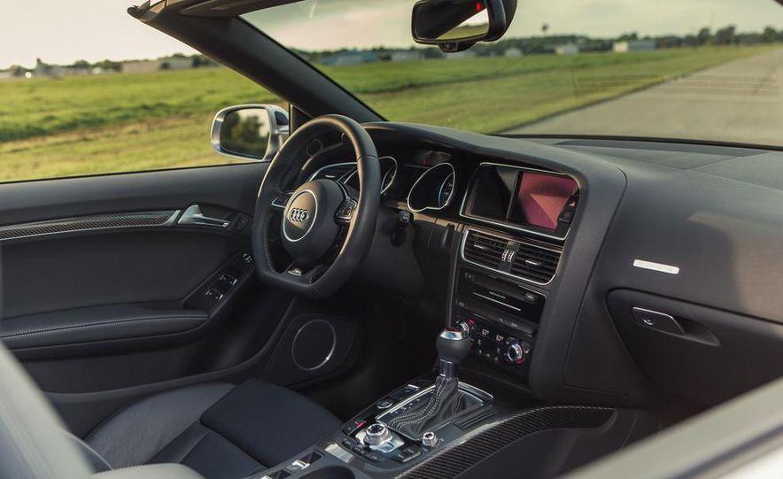 2013 Audi RS5 Cabriolet - Slide 18