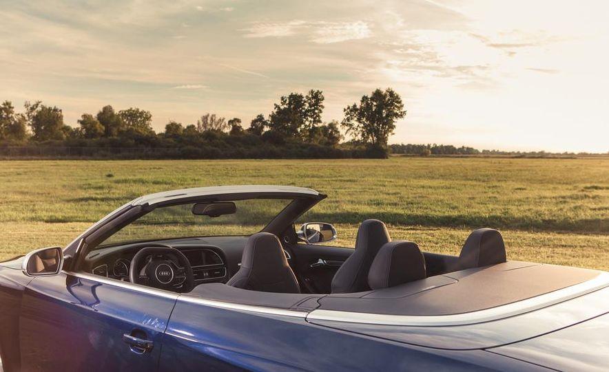 2013 Audi RS5 Cabriolet - Slide 13
