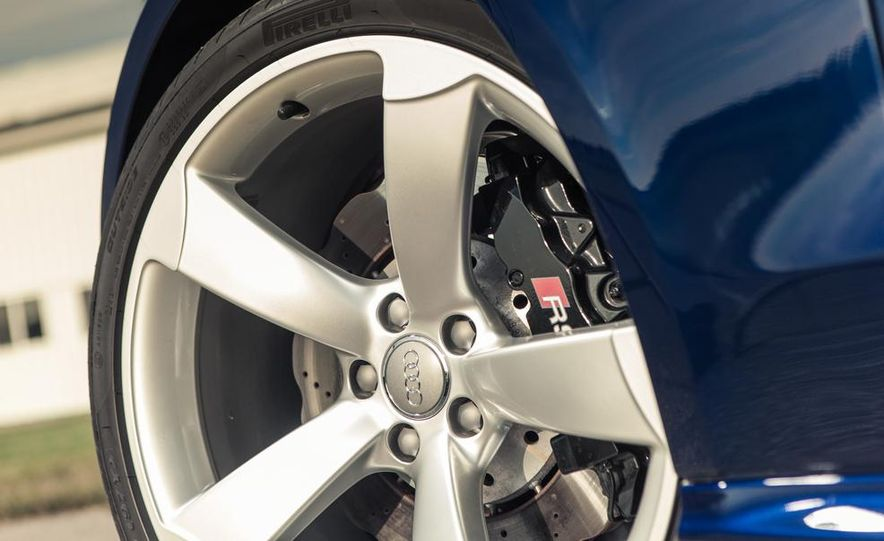 2013 Audi RS5 Cabriolet - Slide 11