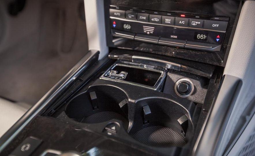 2014 Mercedes-Benz E350 sedan - Slide 25