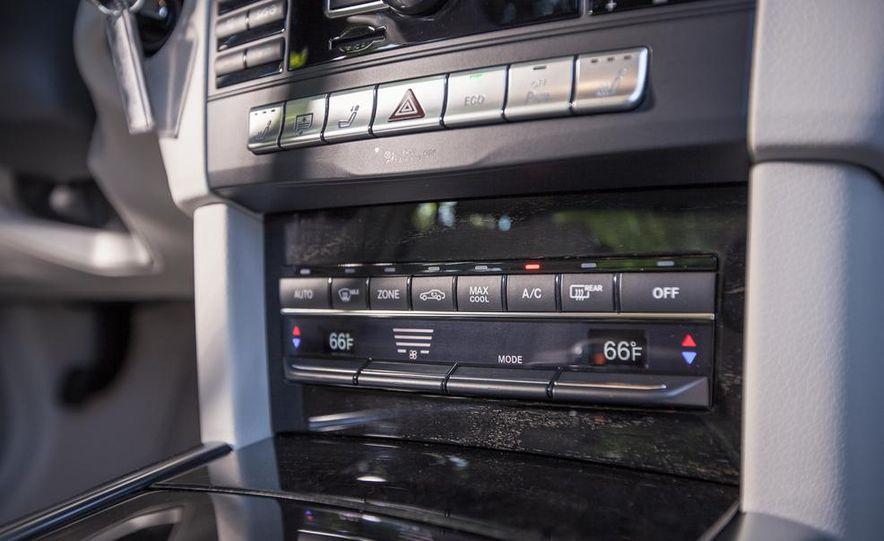 2014 Mercedes-Benz E350 sedan - Slide 23
