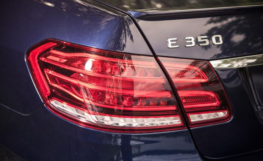 2014 Mercedes-Benz E350 sedan - Slide 10