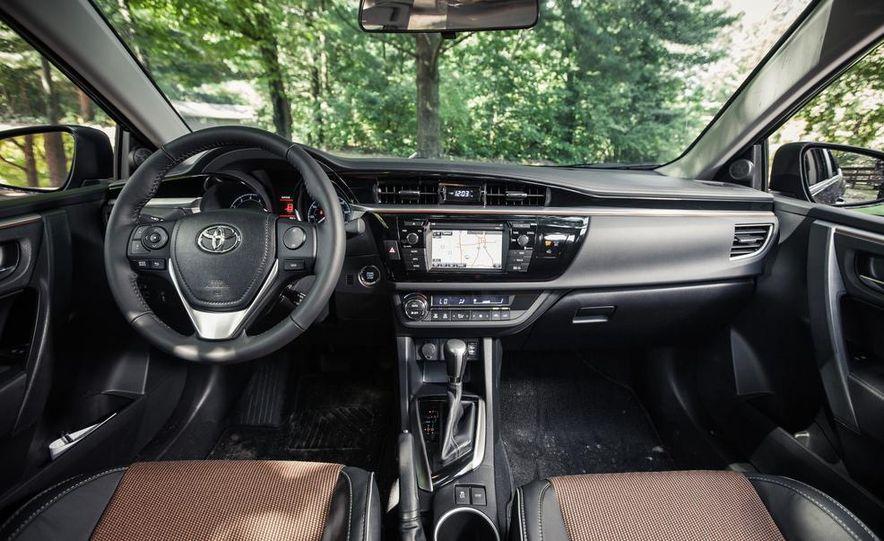 2014 Toyota Corolla S - Slide 12