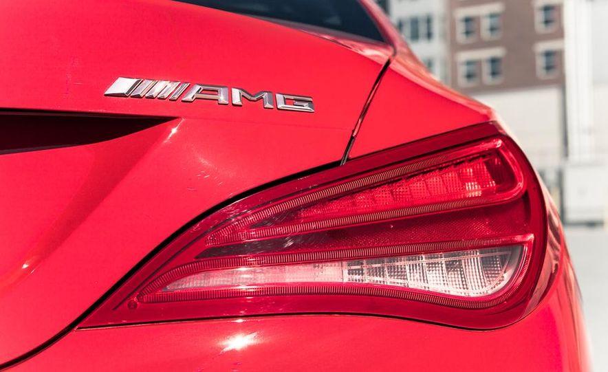 2014 Mercedes-Benz CLA45 AMG 4MATIC - Slide 15