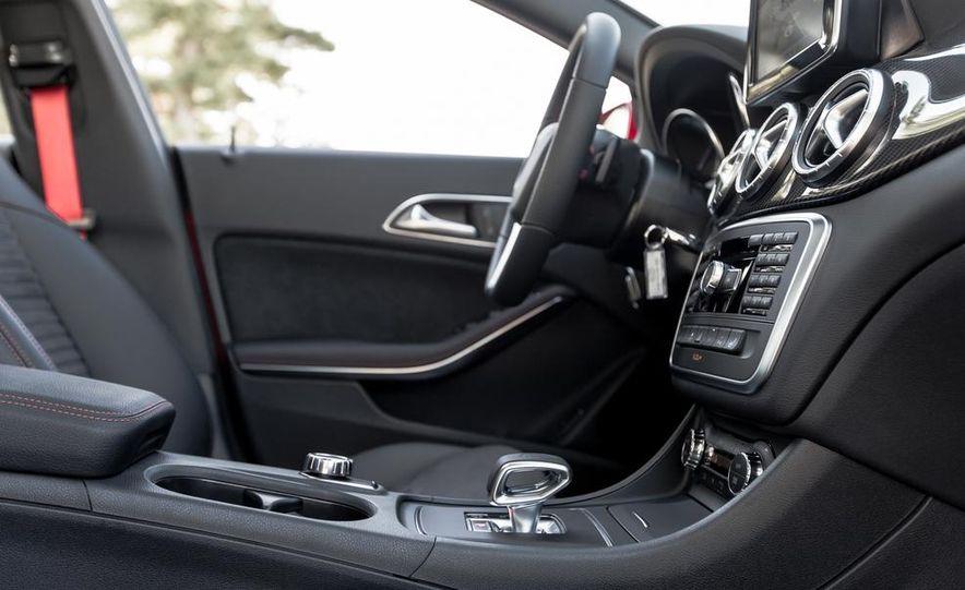2014 Mercedes-Benz CLA45 AMG 4MATIC - Slide 19