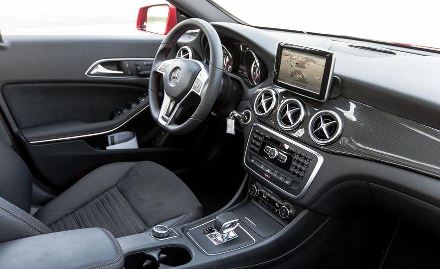 2014 Mercedes-Benz CLA45 AMG 4MATIC - Slide 20