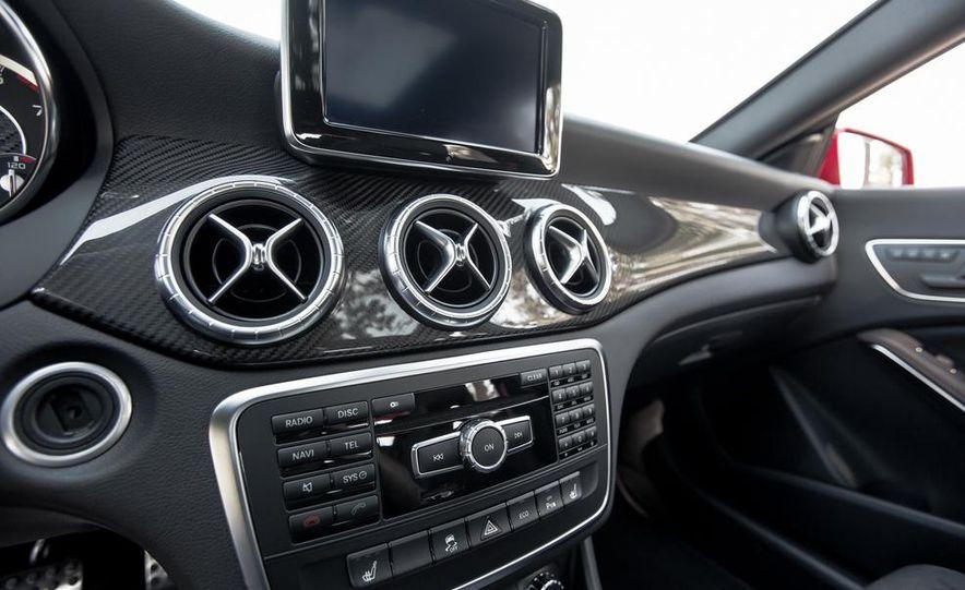2014 Mercedes-Benz CLA45 AMG 4MATIC - Slide 29