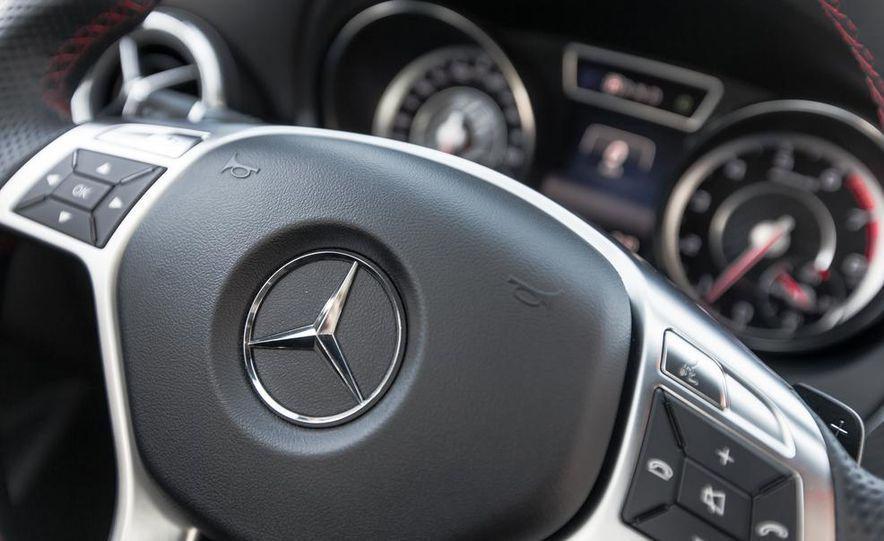 2014 Mercedes-Benz CLA45 AMG 4MATIC - Slide 31