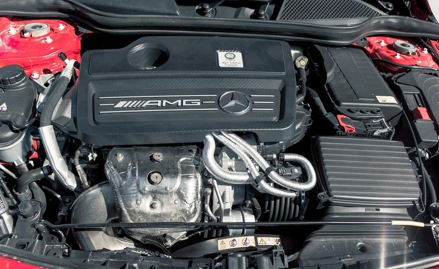 2014 Mercedes-Benz CLA45 AMG 4MATIC - Slide 44