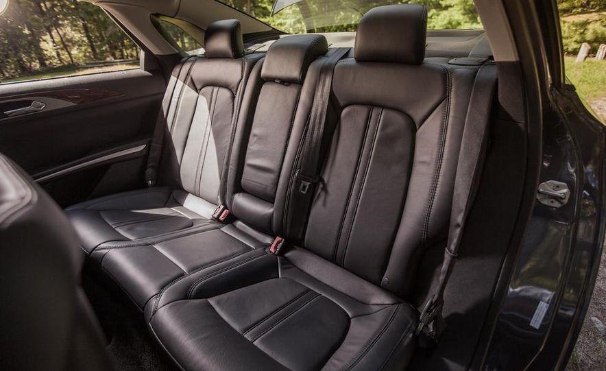 2014 Lincoln MKZ 2.0T AWD - Slide 15