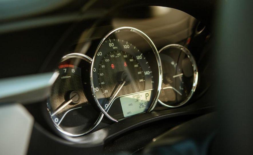 2014 Toyota Corolla LE Eco - Slide 26