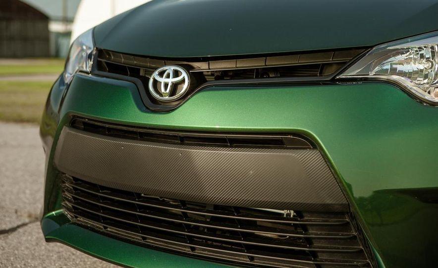 2014 Toyota Corolla LE Eco - Slide 13