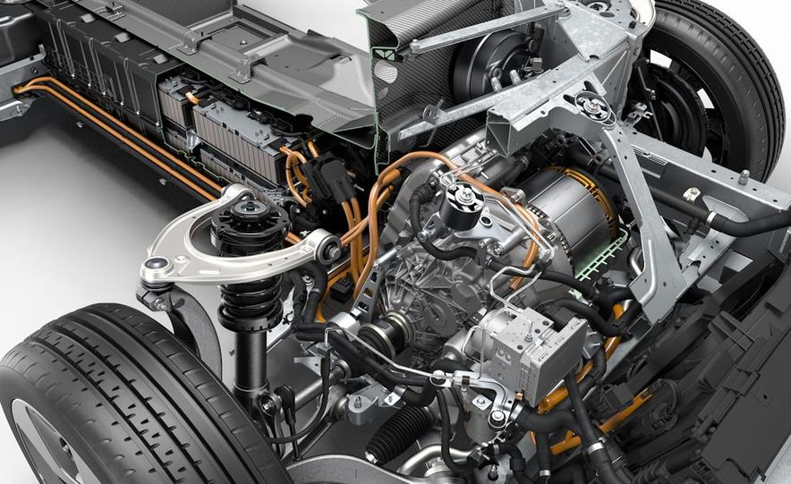 2015 BMW i8 - Slide 44