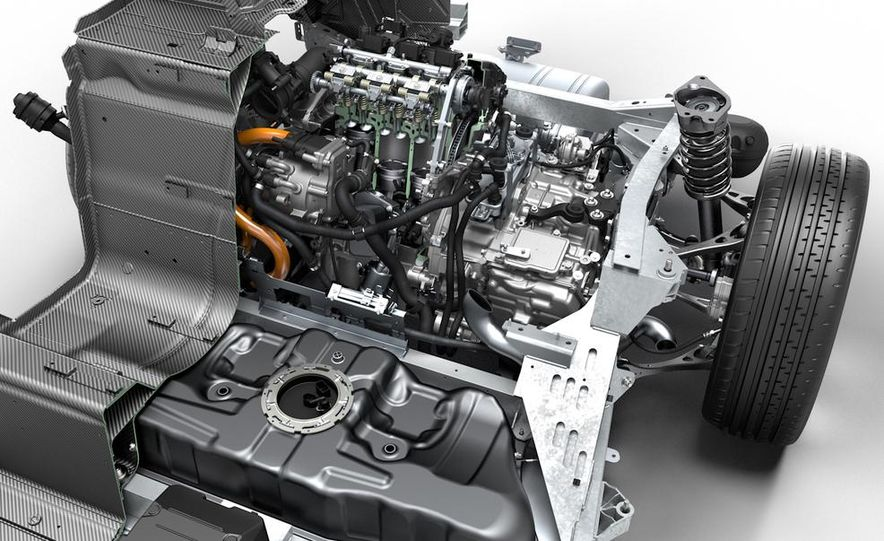 2015 BMW i8 - Slide 45