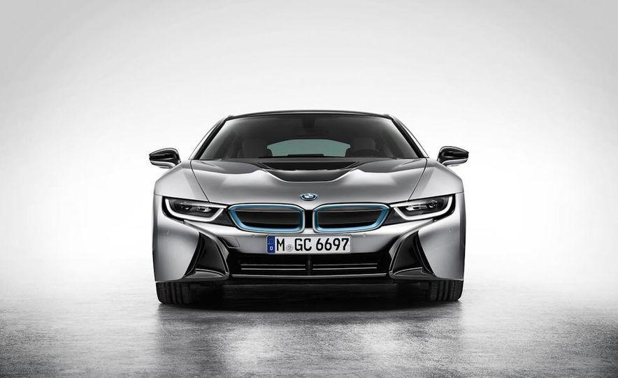 2015 BMW i8 - Slide 35