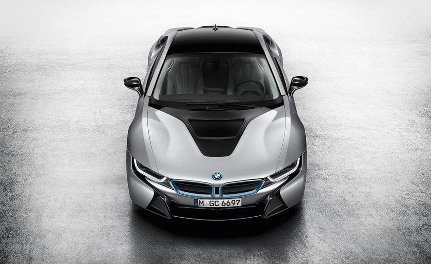 2015 BMW i8 - Slide 36