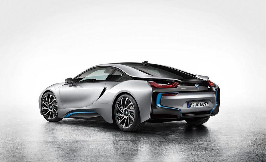 2015 BMW i8 - Slide 39