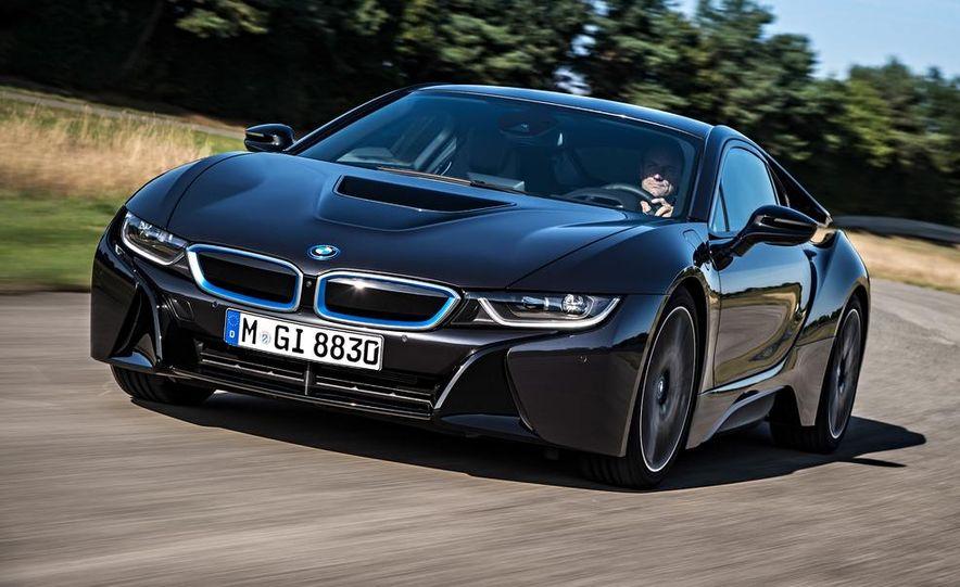 2015 BMW i8 - Slide 17