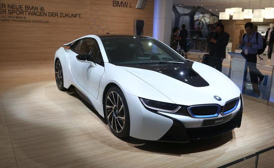 2015 BMW i8 - Slide 6