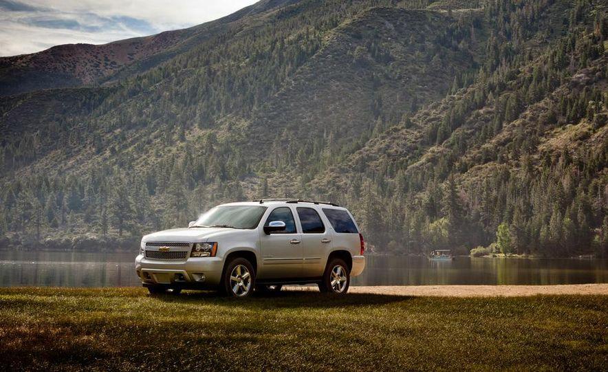 2015 Chevrolet Tahoe LTZ - Slide 14