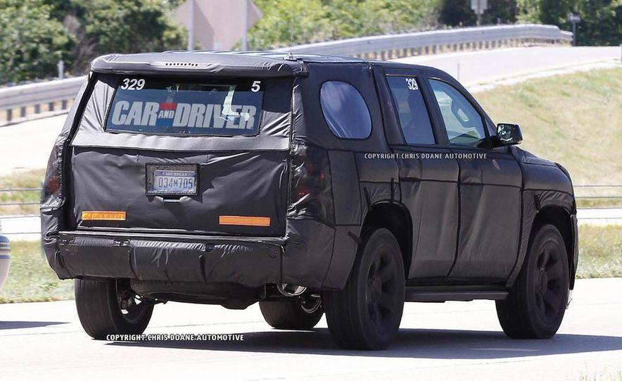 2015 Chevrolet Tahoe LTZ - Slide 8