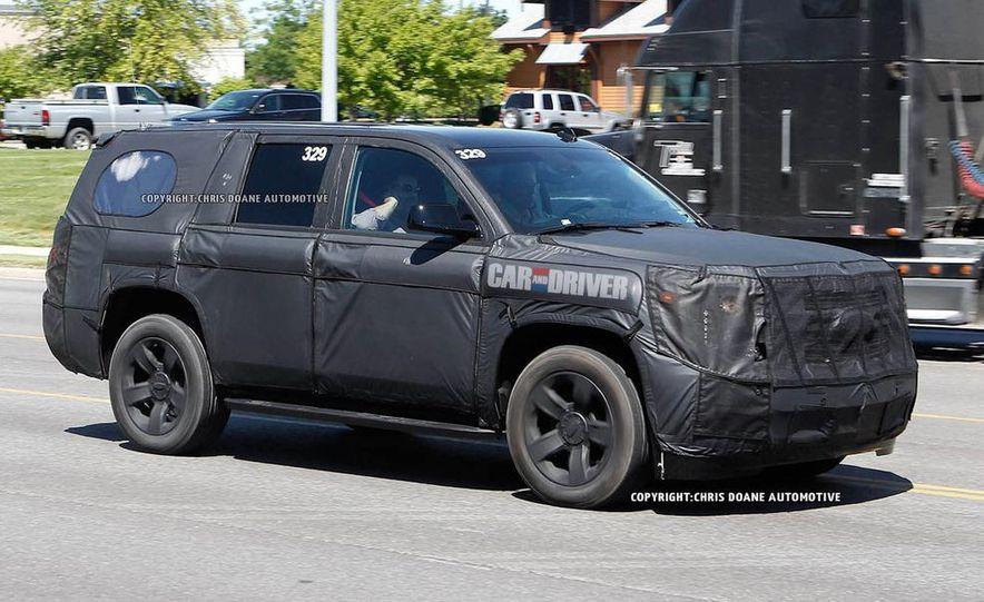 2015 Chevrolet Tahoe LTZ - Slide 9