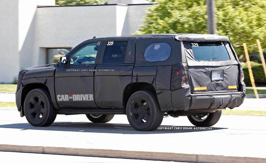 2015 Chevrolet Tahoe LTZ - Slide 10
