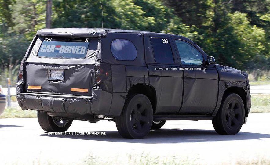 2015 Chevrolet Tahoe LTZ - Slide 13