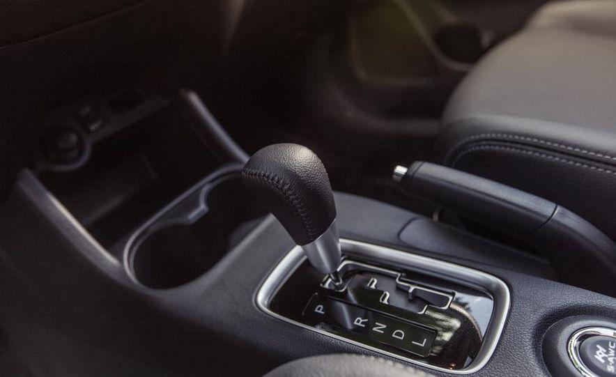 2014 Mitsubishi Outlander GT - Slide 37