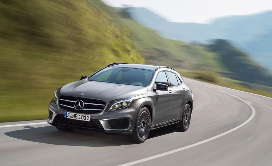 2015 Mercedes-Benz GLA220 CDI 4MATIC (Euro-spec) - Slide 14