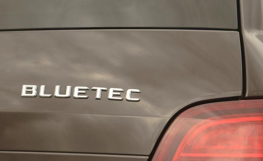 2013 Mercedes-Benz GLK250 BlueTec - Slide 17