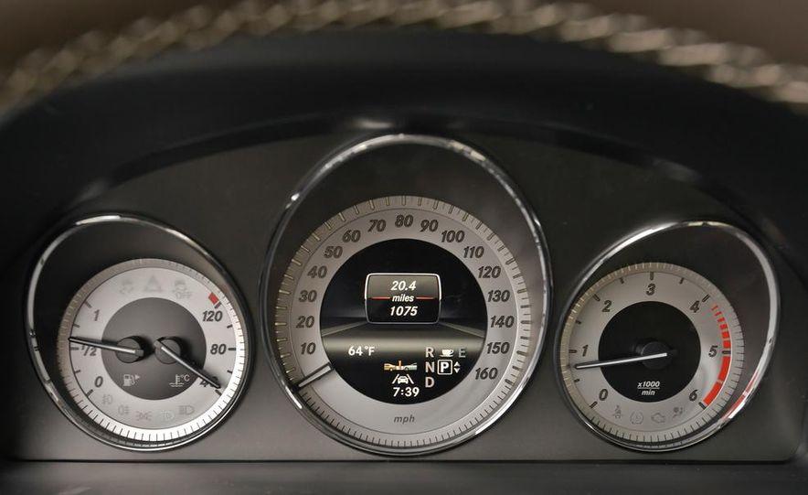 2013 Mercedes-Benz GLK250 BlueTec - Slide 24