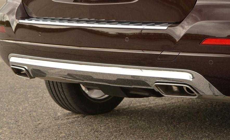 2013 Mercedes-Benz GLK250 BlueTec - Slide 18