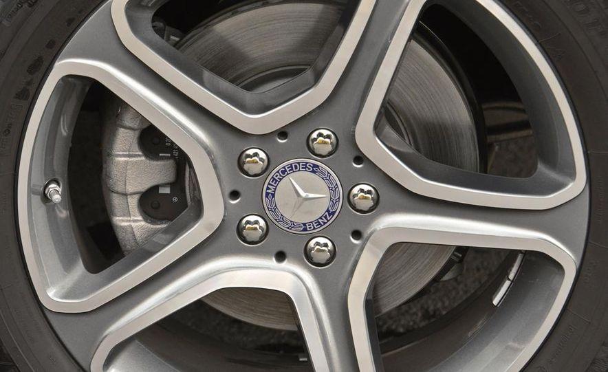 2013 Mercedes-Benz GLK250 BlueTec - Slide 15