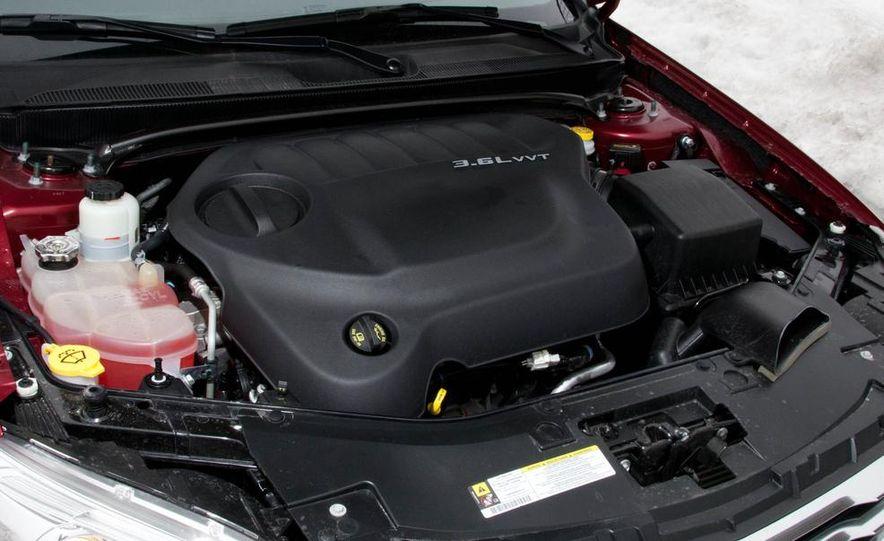 2015 Chrysler 200 (spy photo) - Slide 43