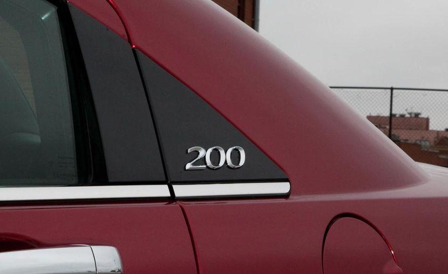 2015 Chrysler 200 (spy photo) - Slide 31