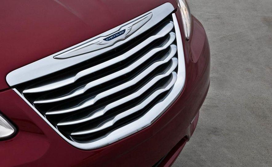 2015 Chrysler 200 (spy photo) - Slide 29