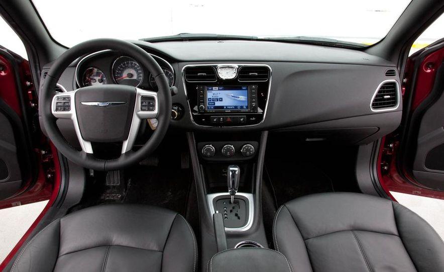 2015 Chrysler 200 (spy photo) - Slide 33