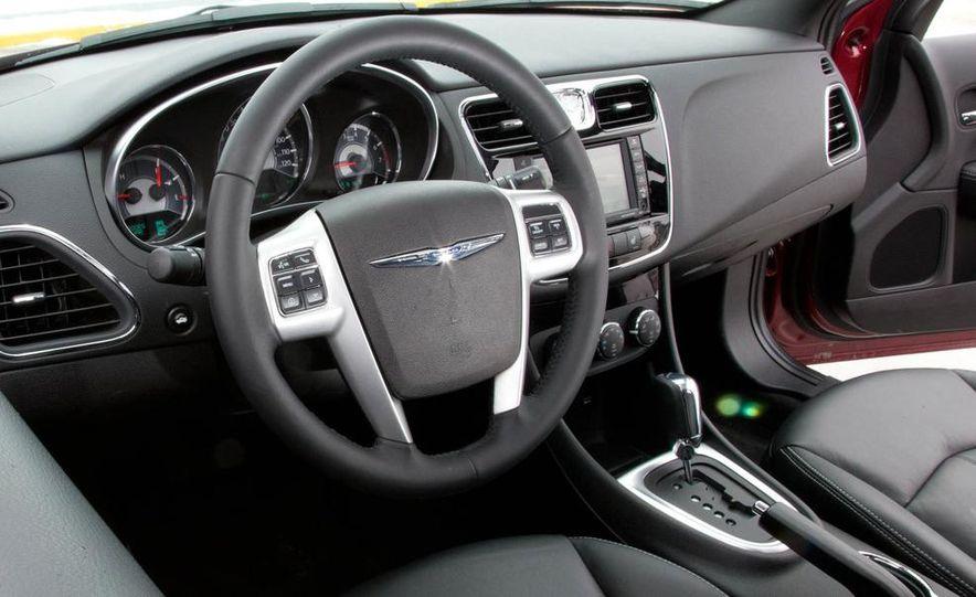 2015 Chrysler 200 (spy photo) - Slide 34