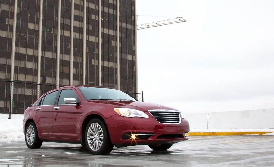 2015 Chrysler 200 (spy photo) - Slide 25