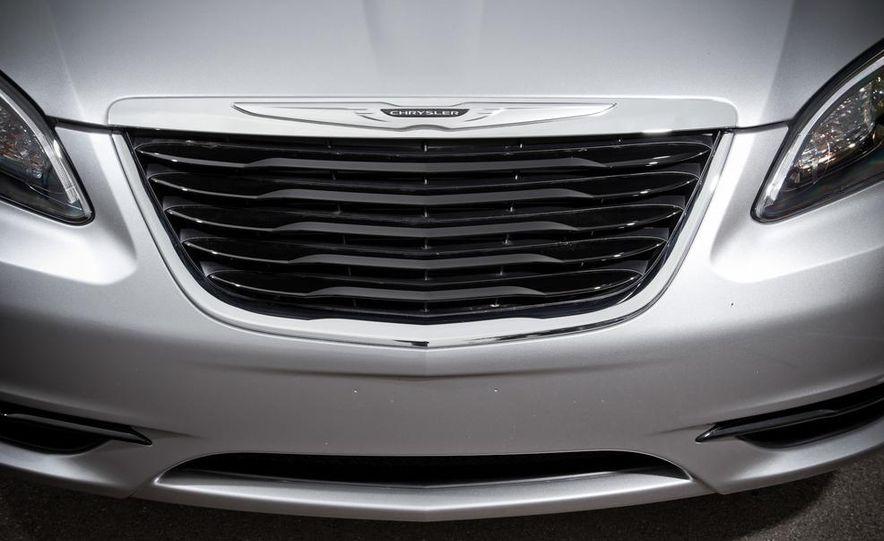 2015 Chrysler 200 (spy photo) - Slide 59