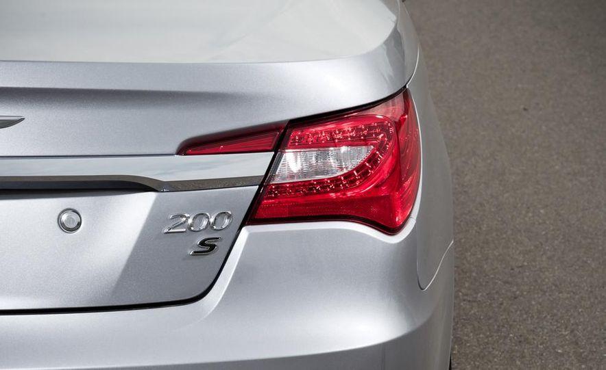 2015 Chrysler 200 (spy photo) - Slide 57
