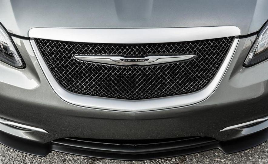 2015 Chrysler 200 (spy photo) - Slide 80