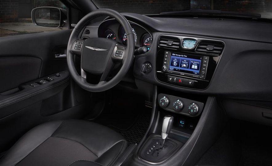 2015 Chrysler 200 (spy photo) - Slide 83