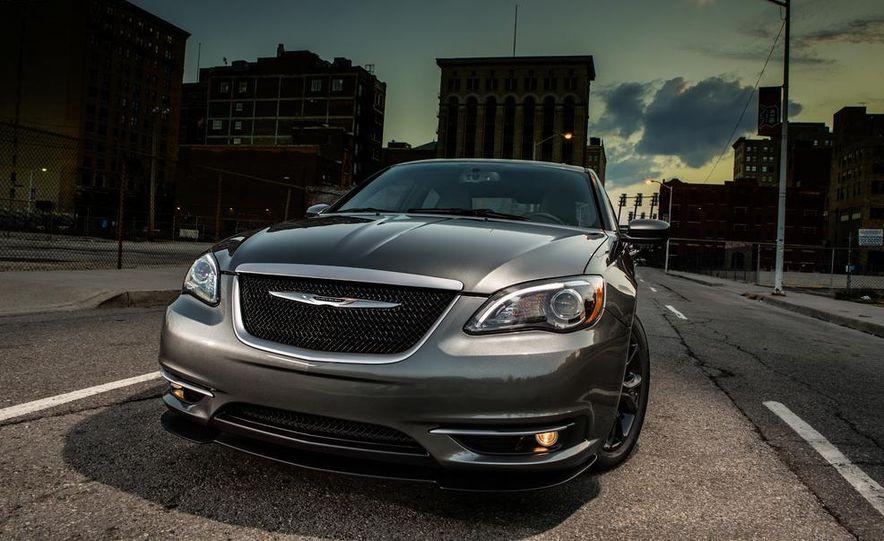 2015 Chrysler 200 (spy photo) - Slide 74