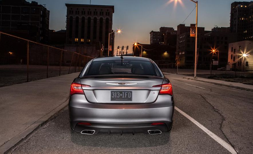 2015 Chrysler 200 (spy photo) - Slide 77