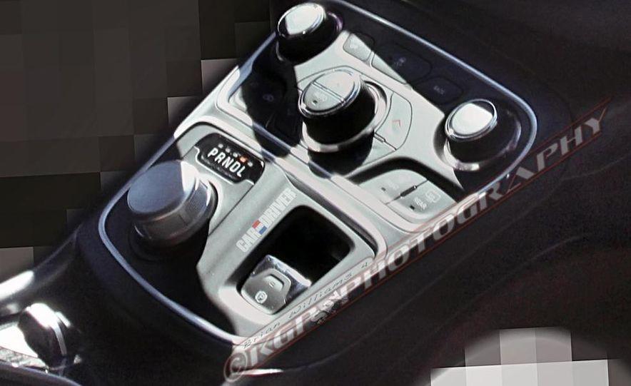 2015 Chrysler 200 (spy photo) - Slide 19