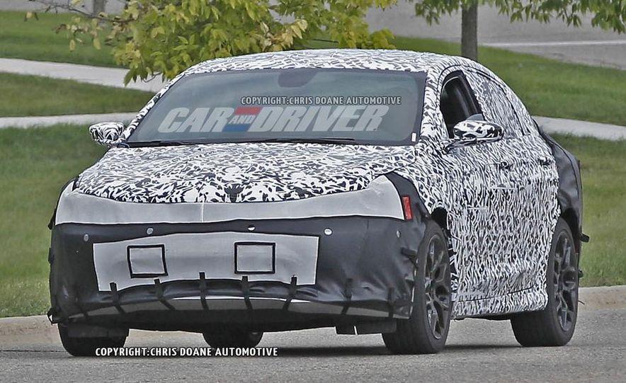 2015 Chrysler 200 (spy photo) - Slide 1