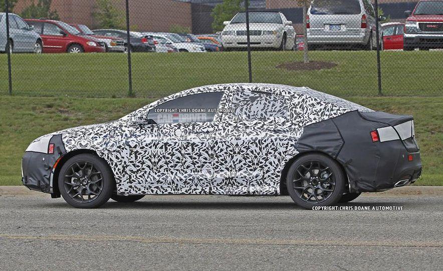 2015 Chrysler 200 (spy photo) - Slide 7