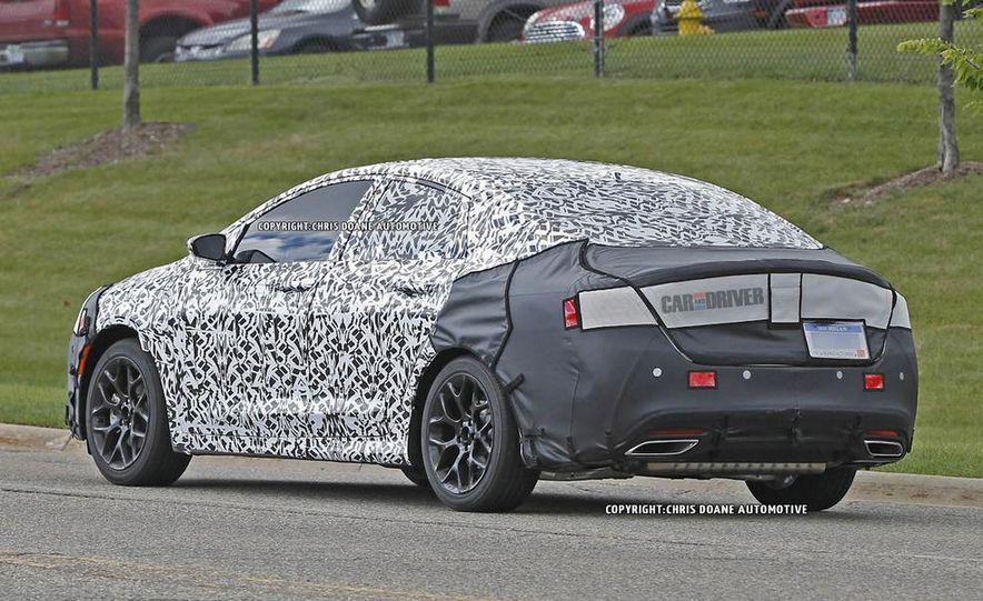 2015 Chrysler 200 (spy photo) - Slide 9